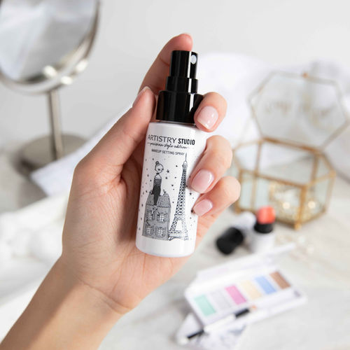 Make-Up Fixierspray ARTISTRY STUDIO™ Parisian Style Edition